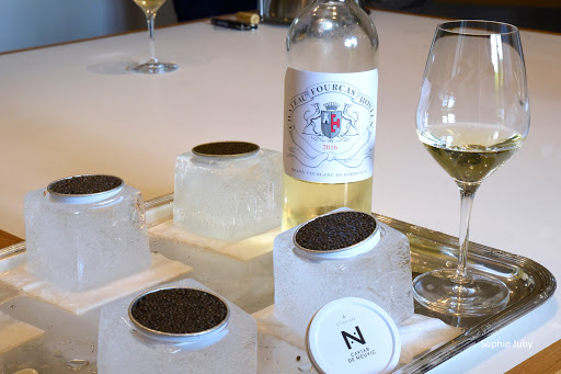 Read more about the article Quel vin choisir pour accompagner du caviar ? Vodka, Champagne ou vin blanc ?
